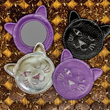MIRRORS-WINKING-KITTY-mirror-silver